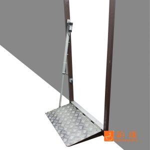 斜台板(輪椅相關無障設備)